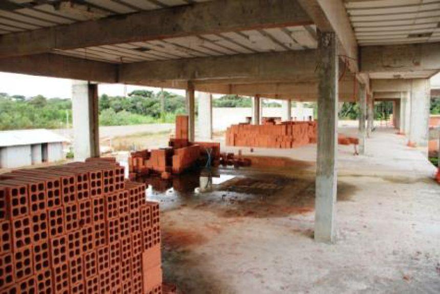 TCE identifica desvio de R$ 29,7 mi em obras nas escolas públicas do PR