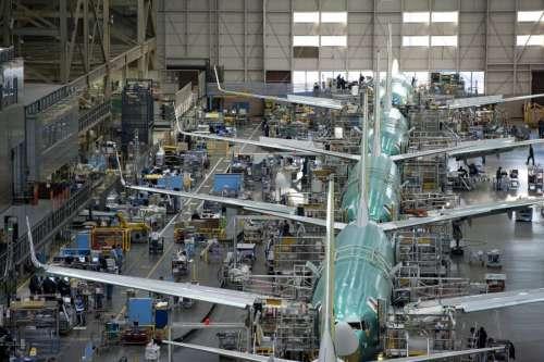 Boeing quer produzir 52 aviões do modelo 737 por mês. É muita coisa!