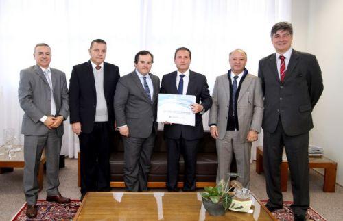 TCE entrega à Justiça Eleitoral lista de 1.058 agentes com contas irregulares