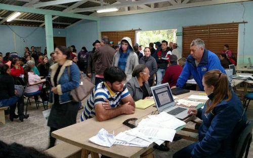 Estado e Justiça regularizam terras de 600 famílias de pequenos agricultores