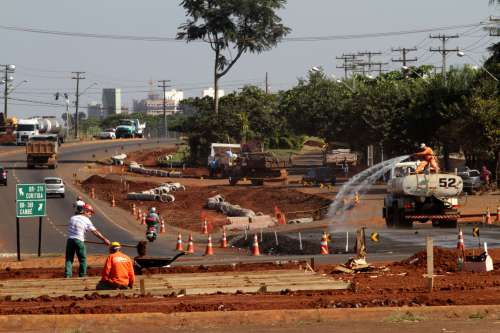 Vai viajar? Preste atenção às obras em rodovias de todo o Paraná. Veja lista