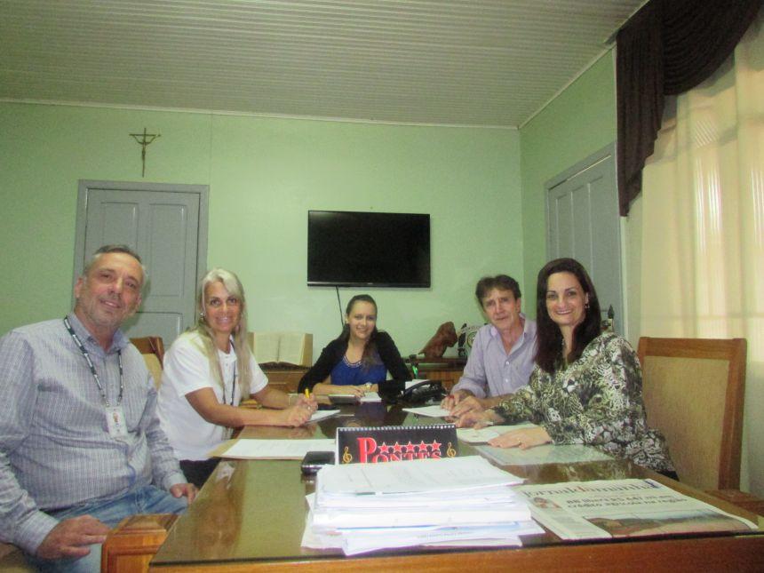Reunião com membros da Cohapar