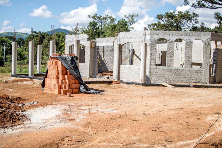 Obras na Capela Mortuária de São Roque Continuam...