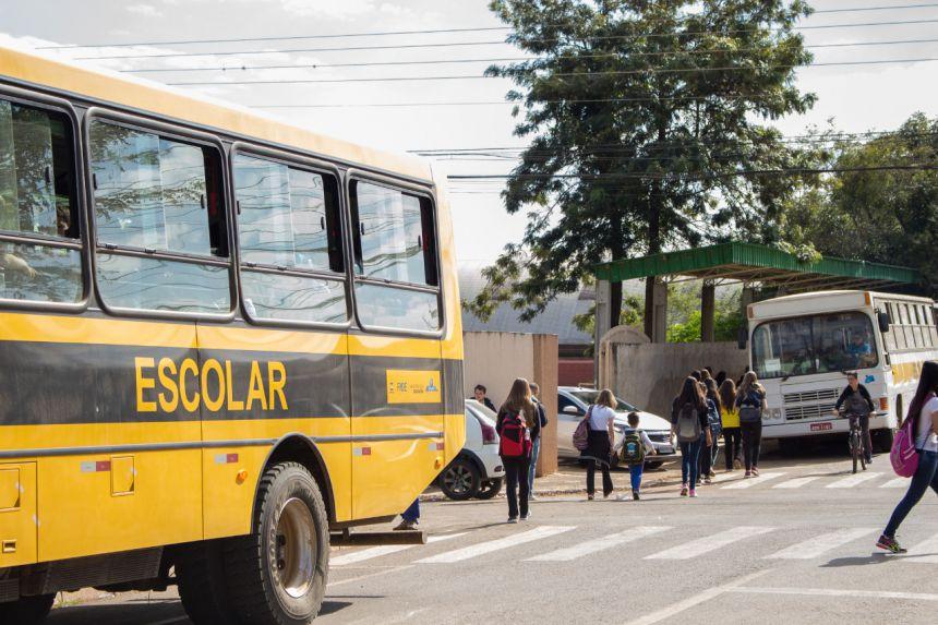 TRANSPORTE ESCOLAR | MUNICIPAL E ESTADUAL