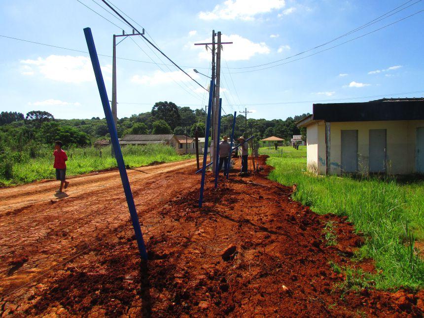 Construção de cerca no Posto de Saúde de Bom Jardim do Sul
