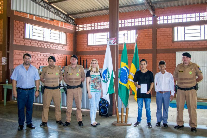 Solenidade de entrega do CDI e Juramento a Bandeira