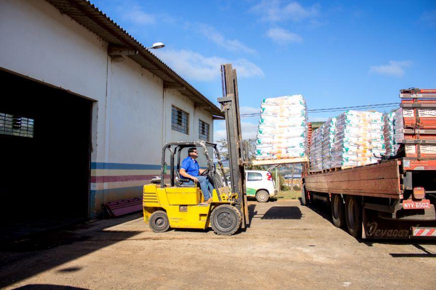 AGRICULTURA INICIARÁ ENTREGA DE SEMENTES DE MILHO