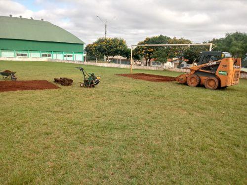 Revitalização da Grama do Campo | Estádio Municipal Valdomiro Jensen