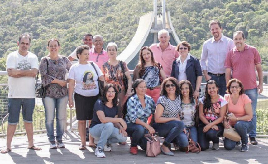 Grupo de Lunardelli visita Santuário de Santa Paulina