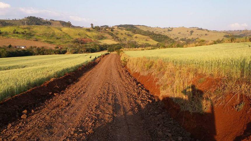Recuperação da Estrada da Água Feia