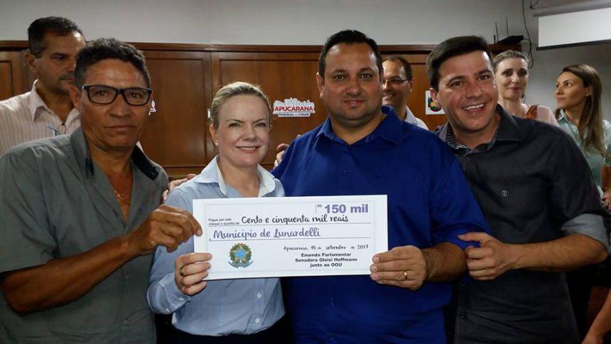 Cheque recebido pela Senadora Gleici Hoffmann no valor de R$ 150.000,00 para investimento na Saúde