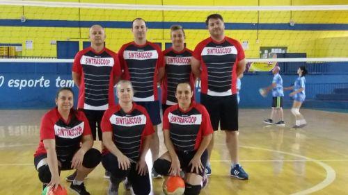 Municipal de vôlei de quadra disputa nova rodada
