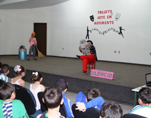 Secretaria de Educação realiza Projeto Arte em Movimento