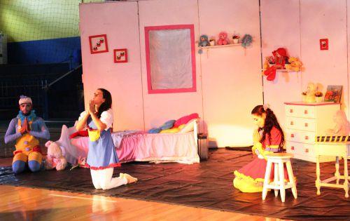 """Espetáculo """"O Segredo"""" sensibiliza sobre combate ao abuso de crianças e adolescentes"""