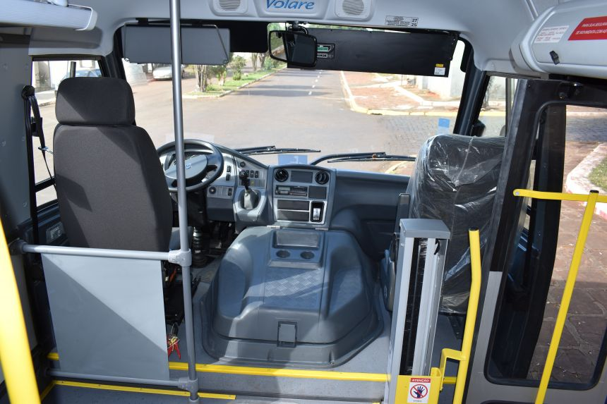 Assistência Social de Rio Bom recebe ônibus zero