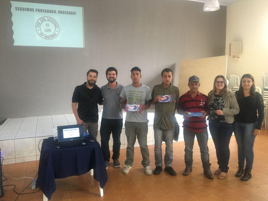 A equipe do Caps de Marilândia do Sul ganhou presentes