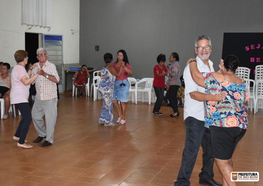 Grupo Conviver reúne mais de 70 idosos no retorno do evento