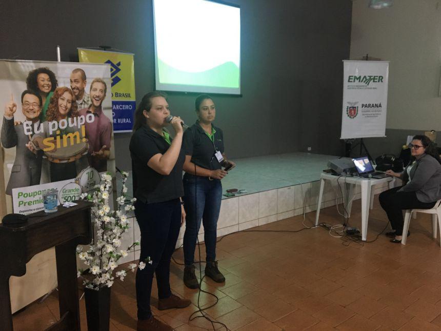 Camila Rocha e Luana Holonka, gerente e coordenadora do programa rural da Cooperativa Sicredi de Rio Bom