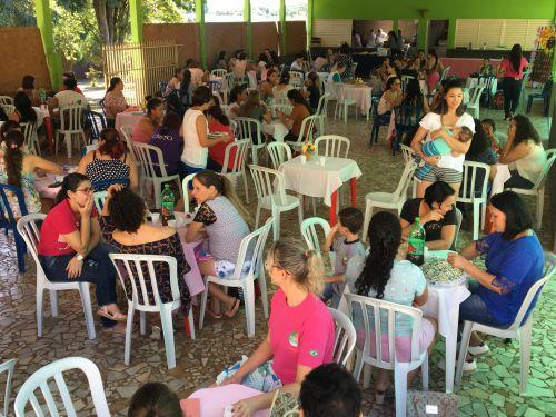 CMEI ofereceu o tradicional almoço de Dia das Mães