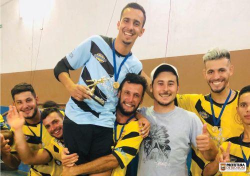 Equipe Piaimirim, campeã do 1º Campeonato de Futsal do ano