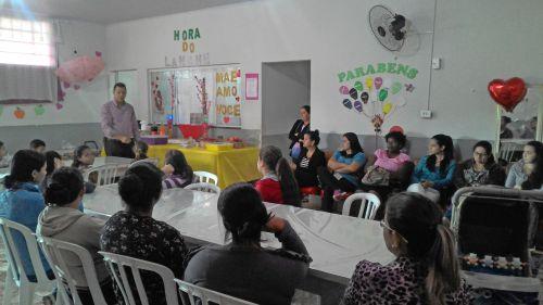 Prefeitura homenageia mães do município