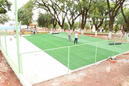 Parque Infantil (Playground)