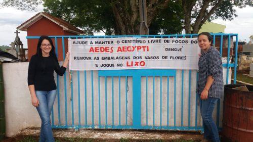 ACEs realizam ação de combate ao mosquito Aedes Aegypti em Dia de Finados