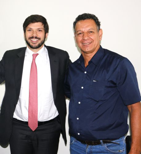 Prefeito garante recursos com o deputado estadual Tiago Amaral (PSB) em Curitiba