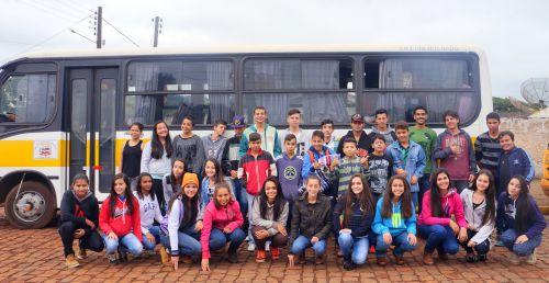 Alunos representam o município em Jogos Escolares