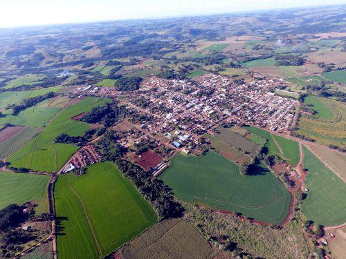 Vista aérea do município, registrada em 2017
