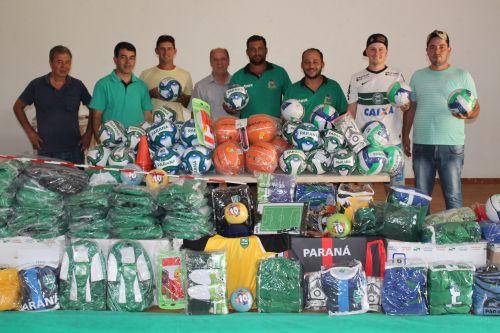 Reunião com o Secretário do Estado do Esporte e do Turismo Douglas Fabrício