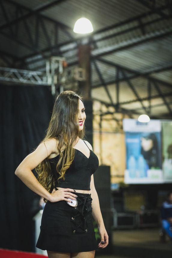 Emanuelle Cavalheri Arantes é eleita Rainha da 22ª Fescafé