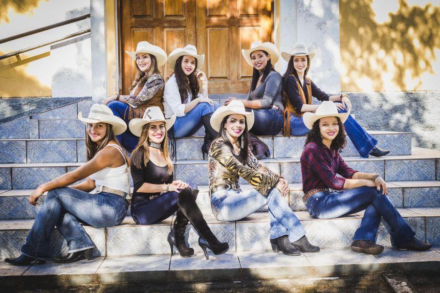 Confira o ensaio com as candidatas a Rainha e Princesas da 21ª Cavalgada Ecológica dos Três Corações