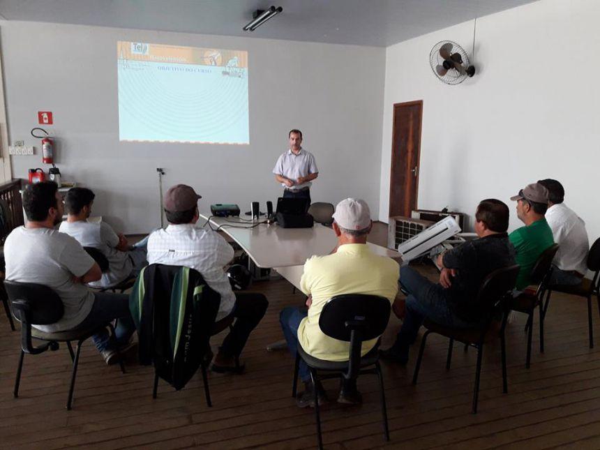 Prefeitura de Ribeirão Claro promove treinamento sobre NR 10