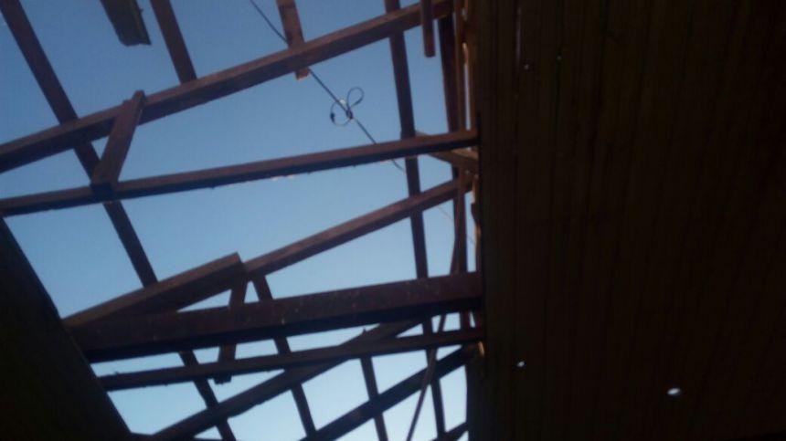Escola Municipal Ana Pinheiro recebe novo telhado