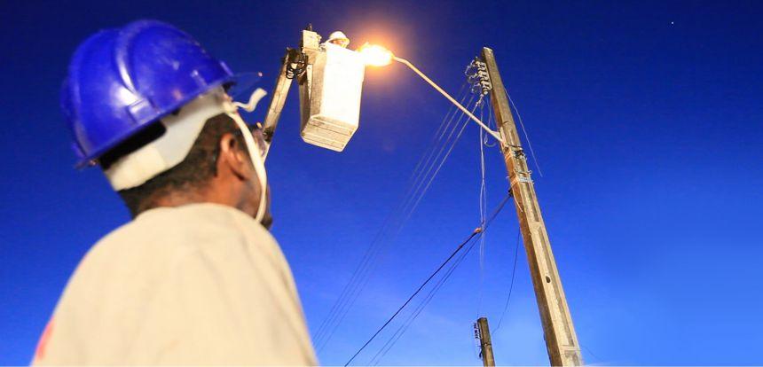 Reinício das trocas das lâmpadas da iluminação pública