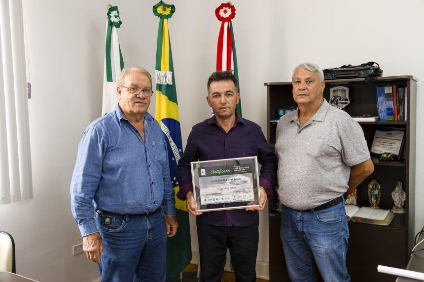 Ribeirão-clarense vence concurso Café Qualidade pela 3ª vez