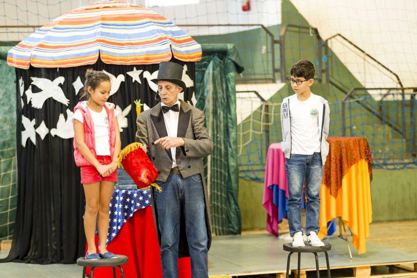 Semana da Criança tem show de mágica em Ribeirão Claro