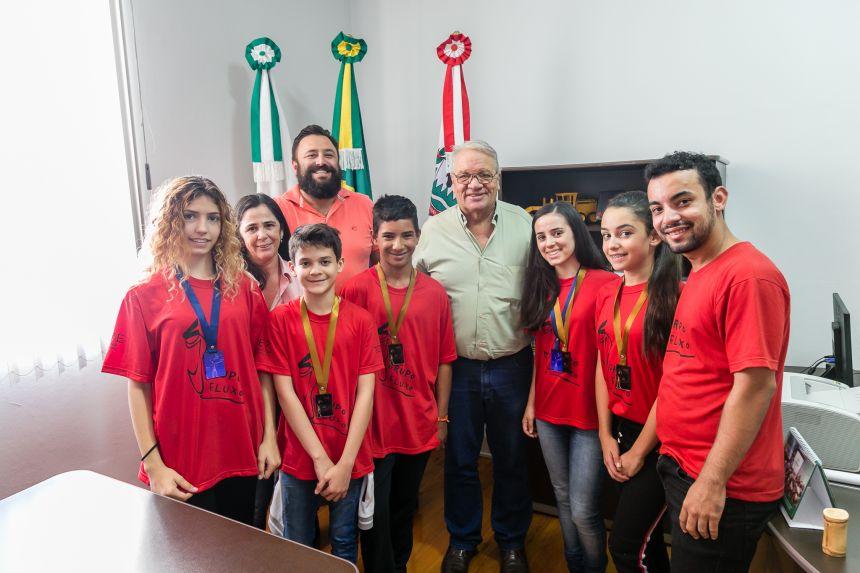 Ribeirão-clarenses são destaque em festival de dança