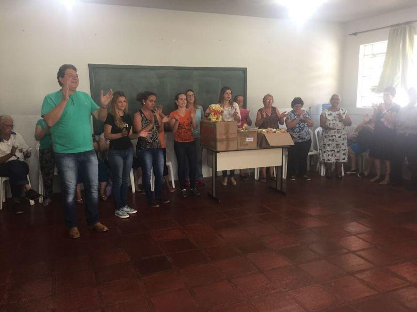 Grupo Conviver comemora Dia Internacional do Idoso