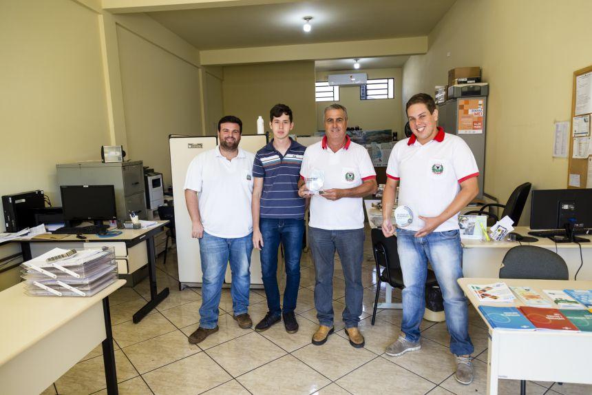 Sala do Empreendedor de Ribeirão Claro recebe Selo de Prata do Sebrae