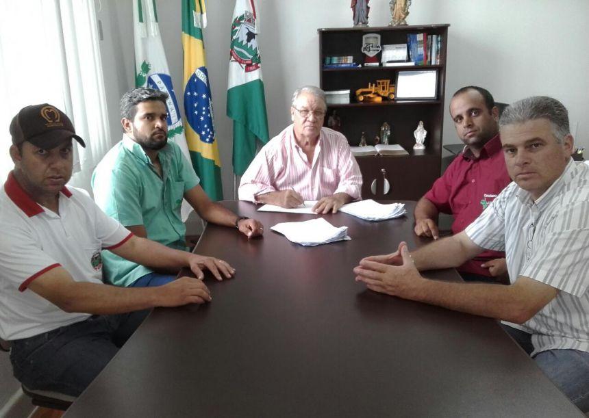 Regularização fundiária beneficiará 47 famílias de Ribeirão Claro