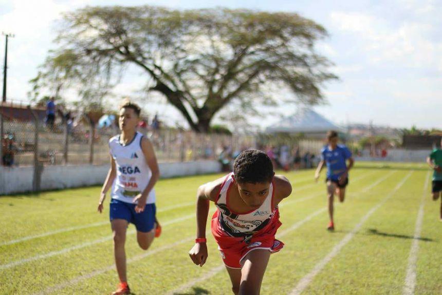 Ribeirão-clarenses se classificam para a final do atletismo dos Jogos Escolares do Paraná 2018