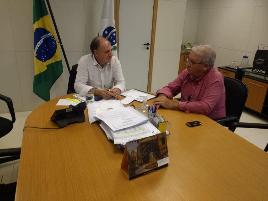Mario Pereira consegue liberação de R$ 1,42 milhão em convênios com a SEDU