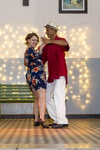 Projeto de Dança finaliza ano com jantar, formatura e apresentações