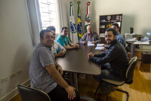 Mario assina contratos dos projetos culturais aprovados para 2018
