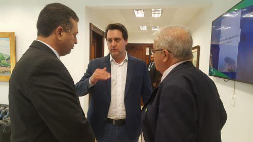 Ratinho Junior atende solicitação e determina agilidade na resolução do valor adicionado