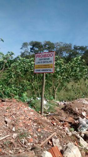 Fiscalização multará autores de descarte de lixo e entulho irregulares  O