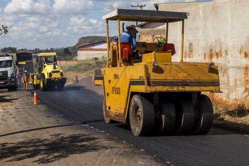 Começa obra de alargamento e recape asfáltico da estrada do Tayayá