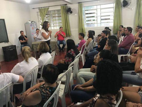 Prefeitura de Ribeirão Claro entrega certificados para alunos dos cursos oferecidos no 2º semestre